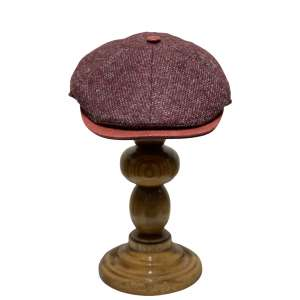 Burgundy red wool and leather cap by Fléchet